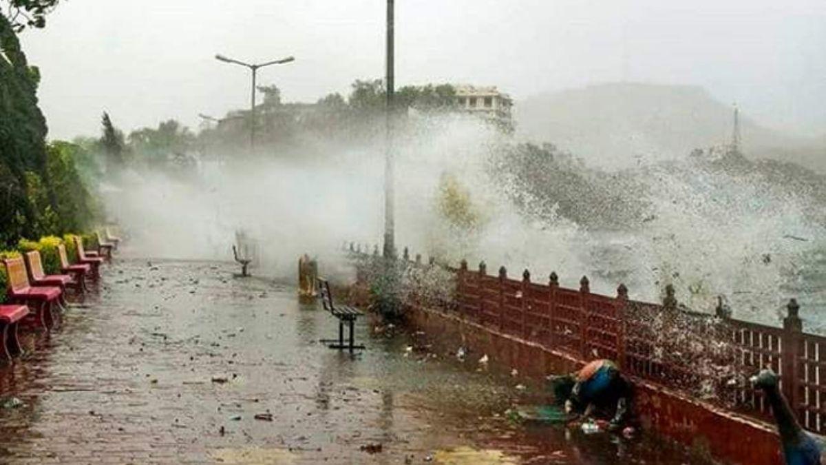 Amfan storm changed its path, Bihar is no longer a threat
