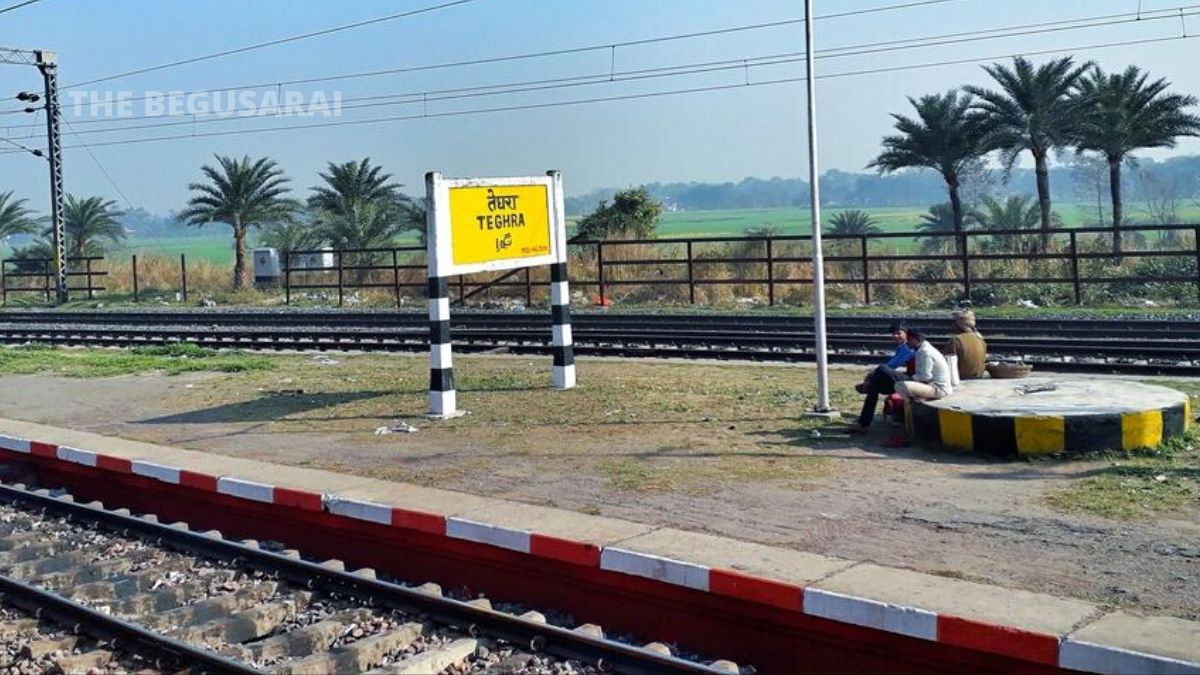 Rail worker working in lock down died on down rail track near Teghda station