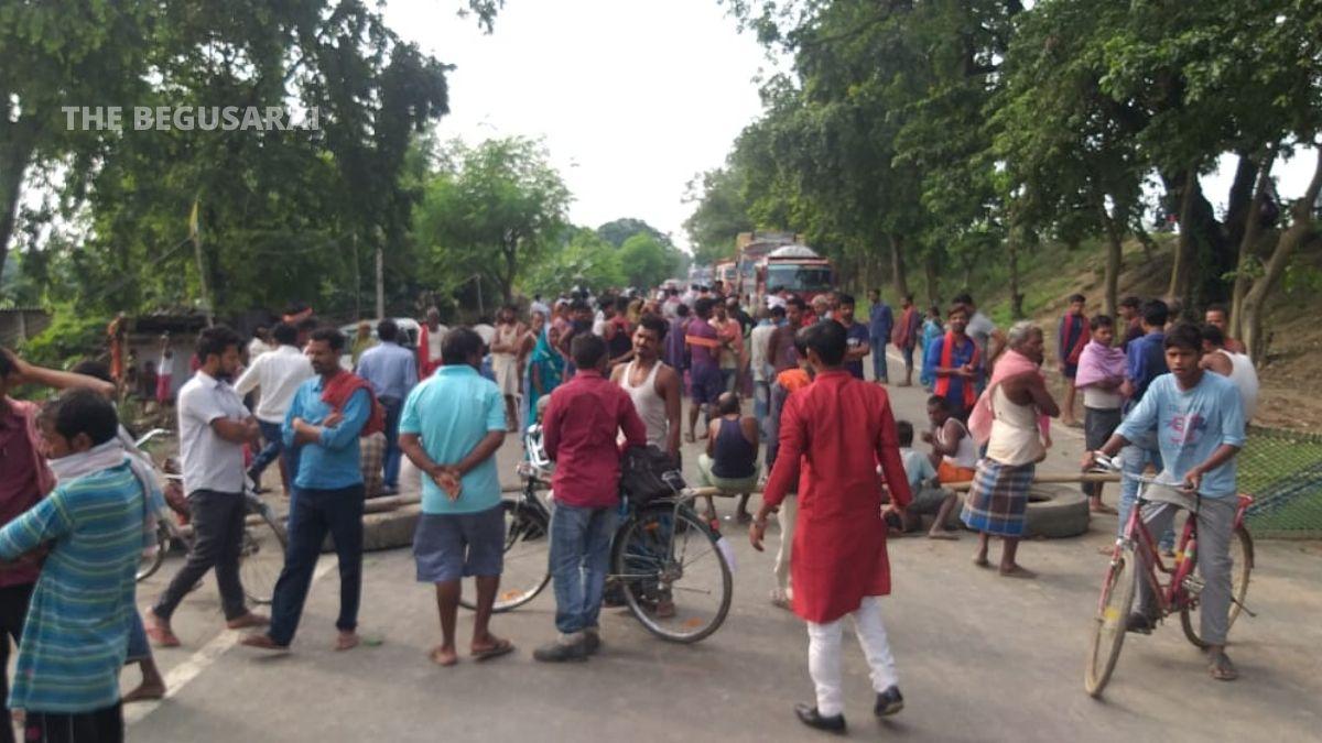 Begusarai Bachwara Road Jam