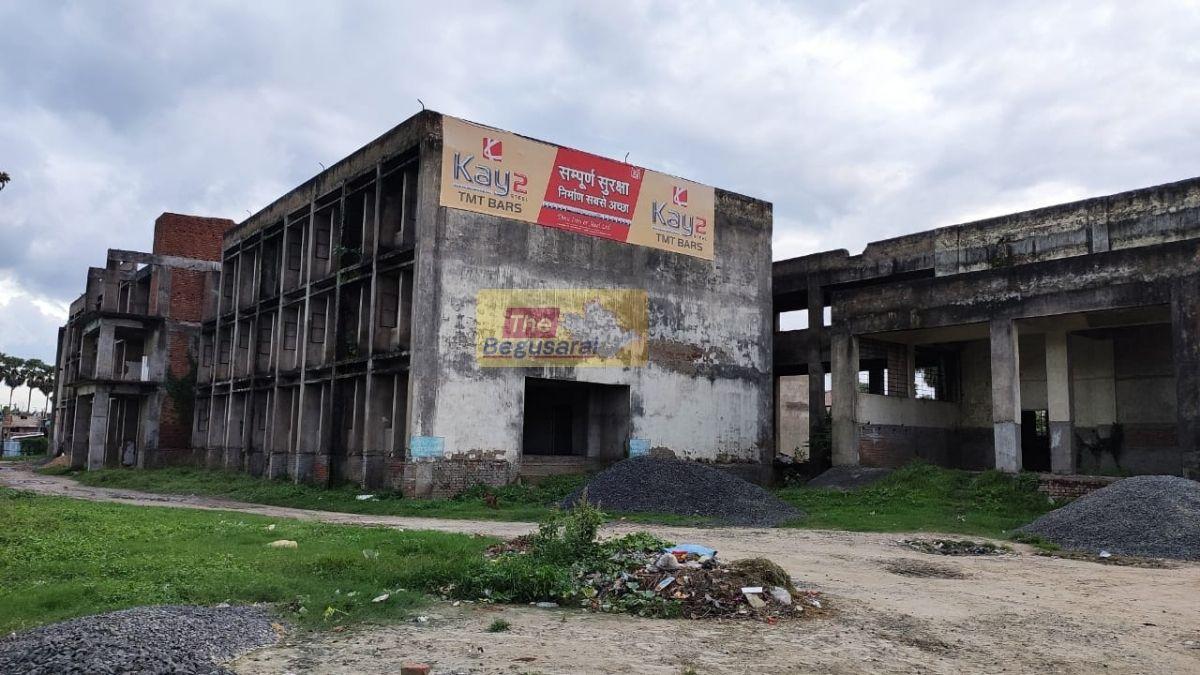 Manjhaul-Hospital-S