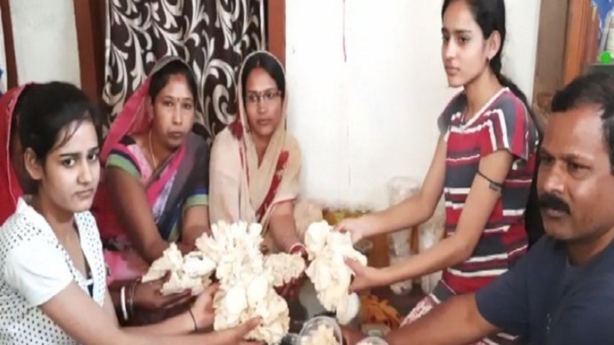 Ashok Thakur Mushroom Entrepreneur from bihar