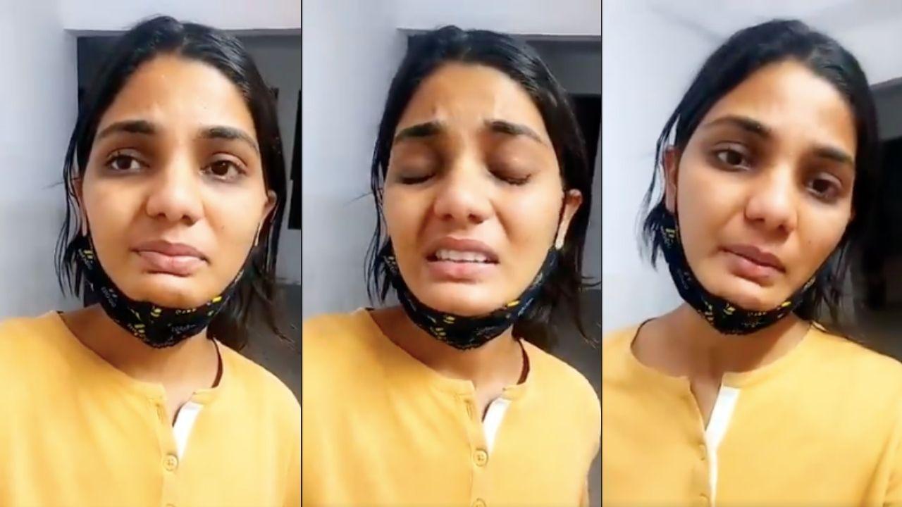 Neha SIngh Rathore Crying
