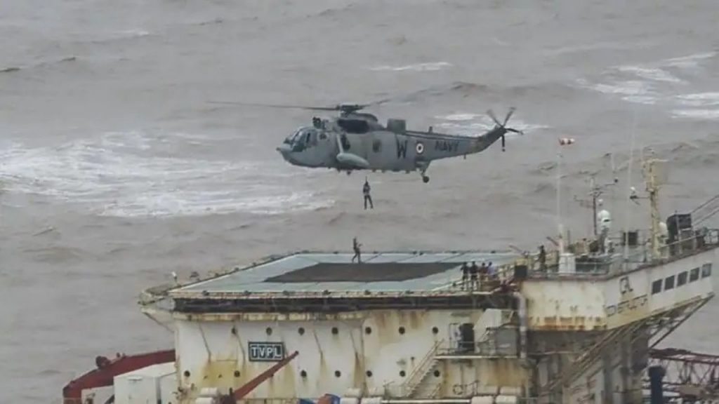 Rescue operation of stranded ship P-305 continues in the sea